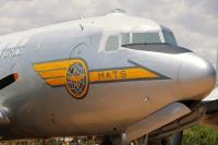 douglas-c-54d-skymaster_cockpit